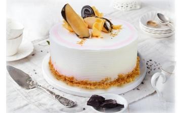RASPBERRY NAPOLEONS CAKE