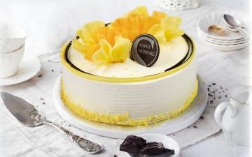 MANGO & LYCHEE CAKE