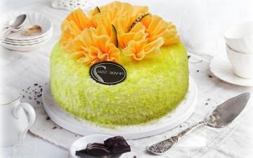 MELON CHIFFON CAKE